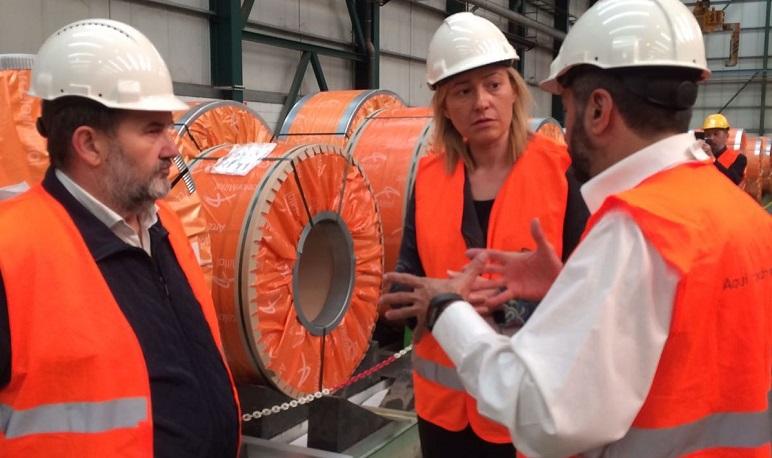 Marta Gastón visita El Pradillo con motivo del día mundial de la seguridad y salud en el trabajo.