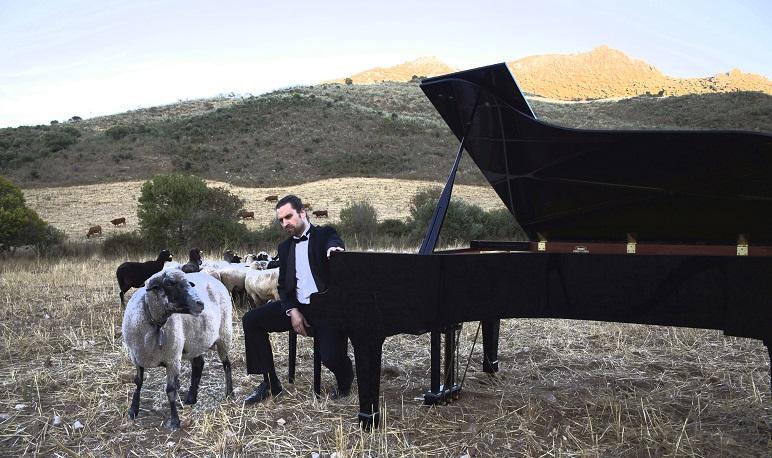 Suite Iberia de Isaaz Albéniz para piano interpretada por José Luis Nieto.