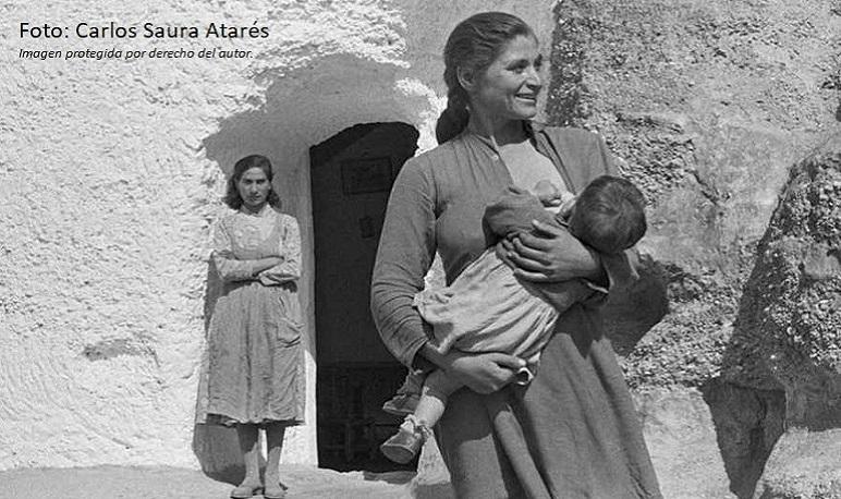 """La Casa de Cultura acoge la exposición """"La invisibilidad del trabajo femenino en el mundo rural"""" de Mercedes Bueno Aladrén"""