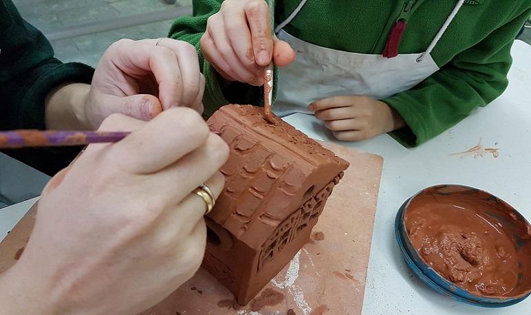 Nuevo taller de cerámica en familia dedicado a la Navidad
