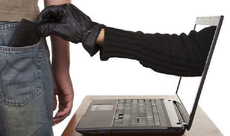 La policía local de Pedrola advierte de los riesgos de estafa por el aumento de compras en Internet