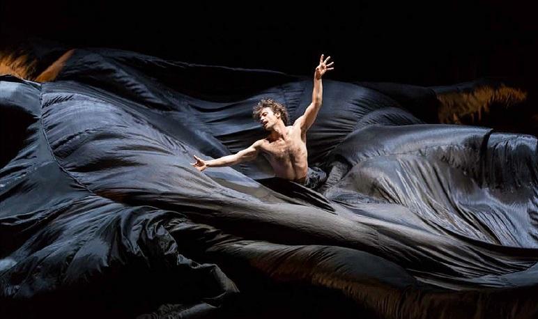 La madrileña compañía de Emilio Serrano trae a Pedrola este sábado su nuevo flamenco contemporáneo