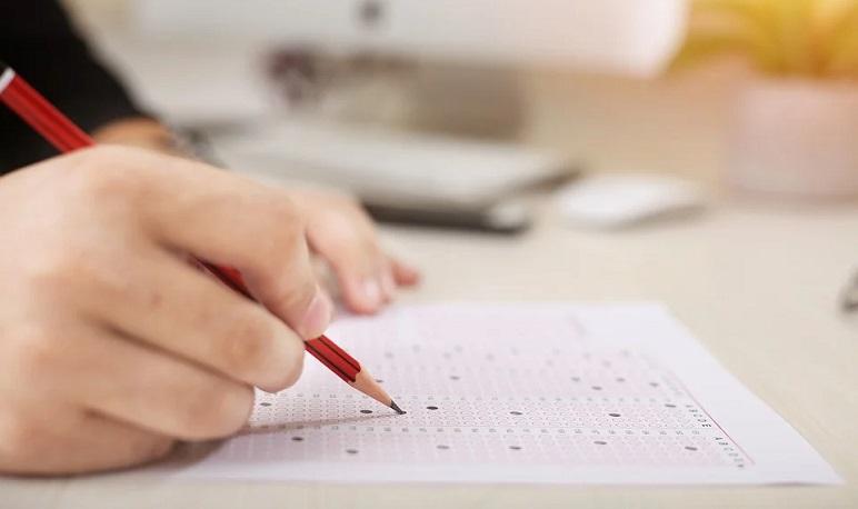 Lista de admitidos al proceso de selección y fecha del examen para la bolsa de socorristas para las piscinas de Pedrola