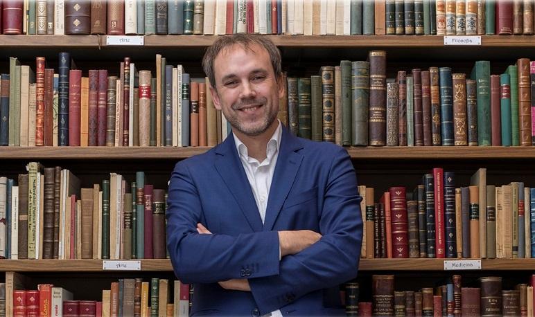 Pedrola recibe al escritor Luis Zueco el día 16 de septiembre